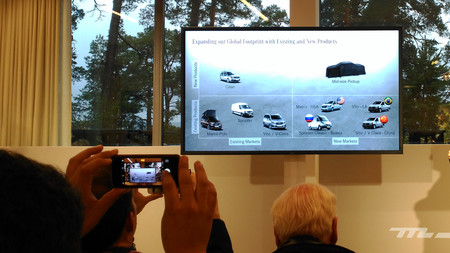 Mercedes Benz Concept Clase X Estrategia