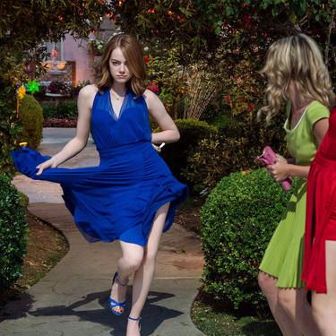 Peso muerto, el ejercicio de fuerza con el que podemos conseguir el cuerpo de bailarina de Emma Stone en La La Land