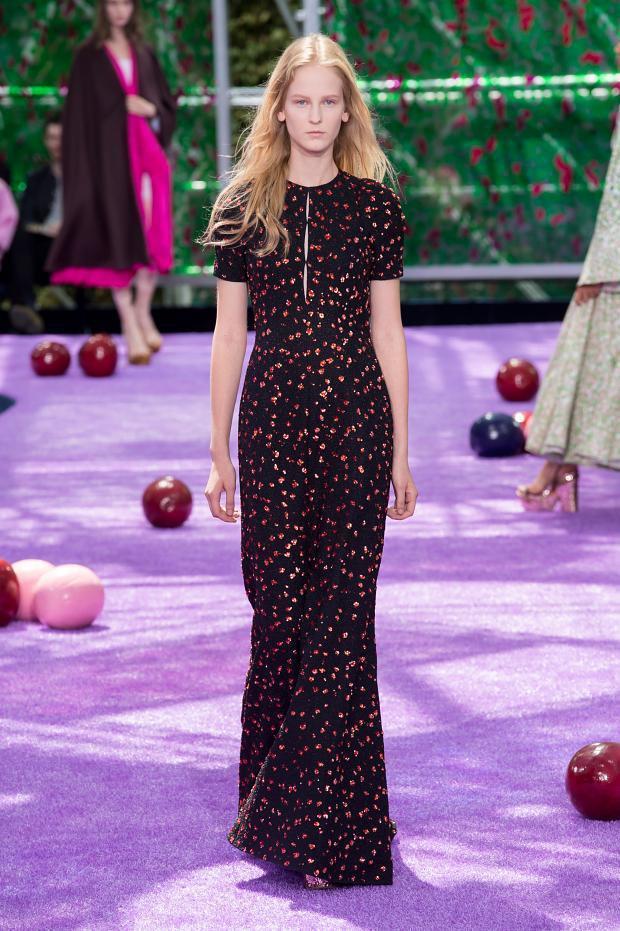 Foto de Christian Dior Alta Costura Otoño-Invierno 2015-1026 (8/57)