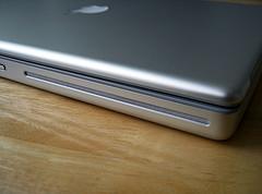 Apple publica una actualización de firmware para las superdrives de MacBooks y MacBooks Pro