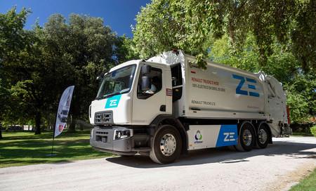 Renault Trucks ya tiene el primer camión eléctrico de serie trabajando en España, y no será el único