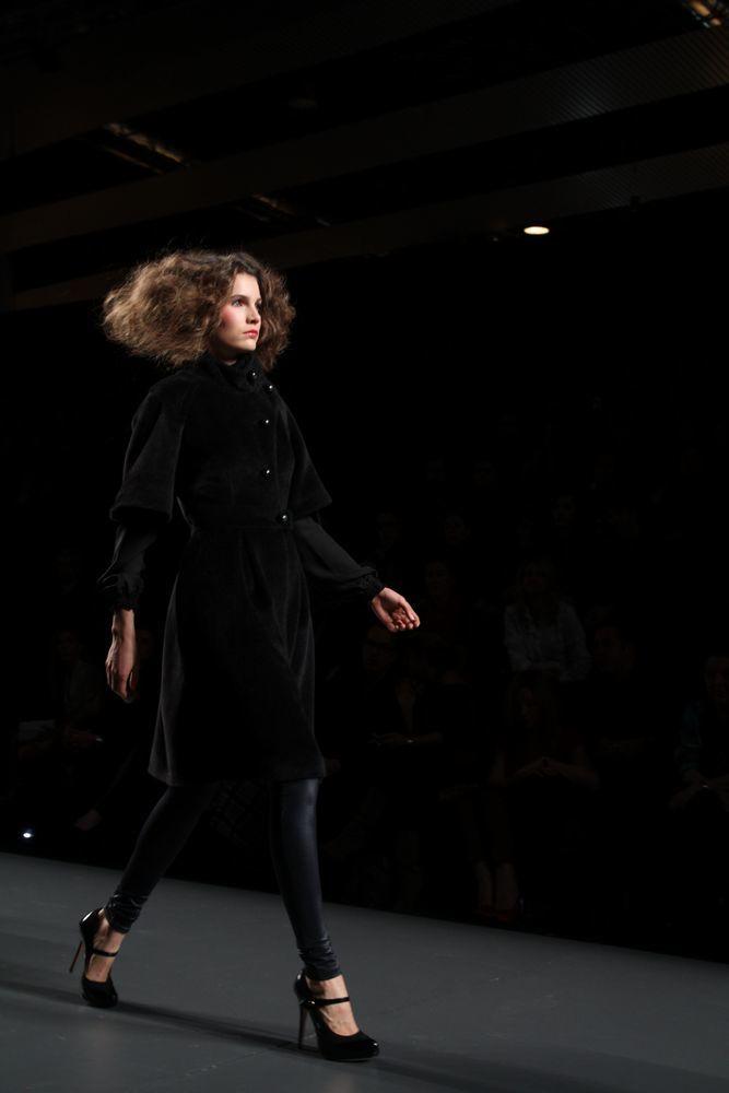 Foto de Alma Aguilar en la Cibeles Madrid Fashion Week Otoño-Invierno 2011/2012 (58/126)