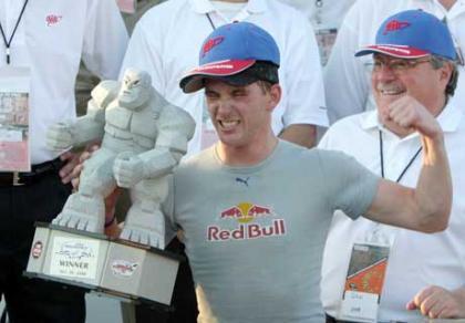 Scott Speed logra su primera victoria en NASCAR