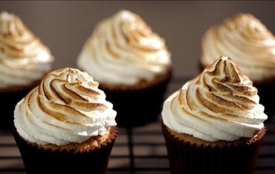 Receta de cupcakes de limón al merengue de frambuesa