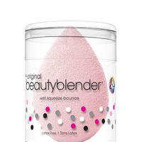 No desesperes con tu Beauty Blender, con este truco la tendrás limpia en solo un minuto