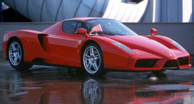 El Ferrari Enzo que perteneció al Papa Juan Pablo II, de nuevo a subasta