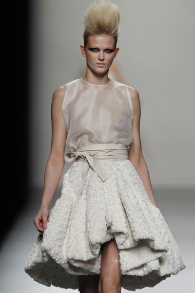 Foto de Juana Martín en la Cibeles Madrid Fashion Week Otoño-Invierno 2011/2012  (4/10)