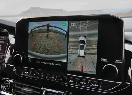 Nissan Pathfinder 2022 1600 1b
