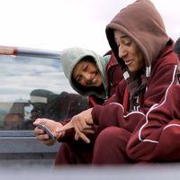 7 de cada 10 personas indígenas tienen telefonía o internet según el IFT, pero la INEGI tiene otras cifras