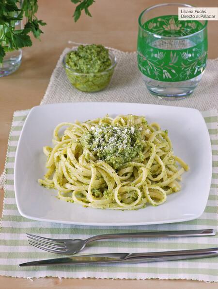 Tallarines Con Falso Pesto De Brocoli