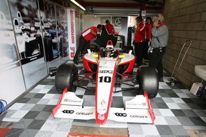 Rodríguez y García probarán para RC Motorsport en Cheste