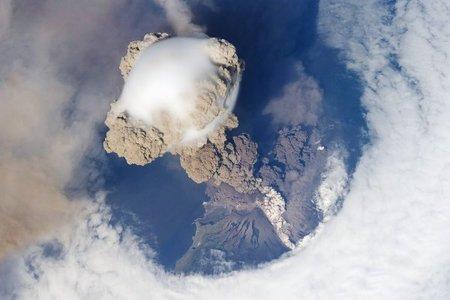 erupcion_sarychev_1.jpg