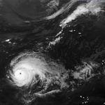 Nunca antes habíamos visto un huracán de categoría 5 tan cerca de España: Lorenzo se prepara para avanzar sobre Europa