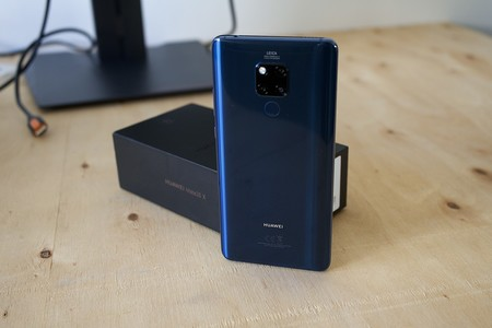 Oferta del día en Amazon: Huawei Mate 20 X + pulsera Huawei Band 3E por 599 euros