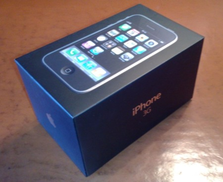 Primer unboxing real del iPhone 3G