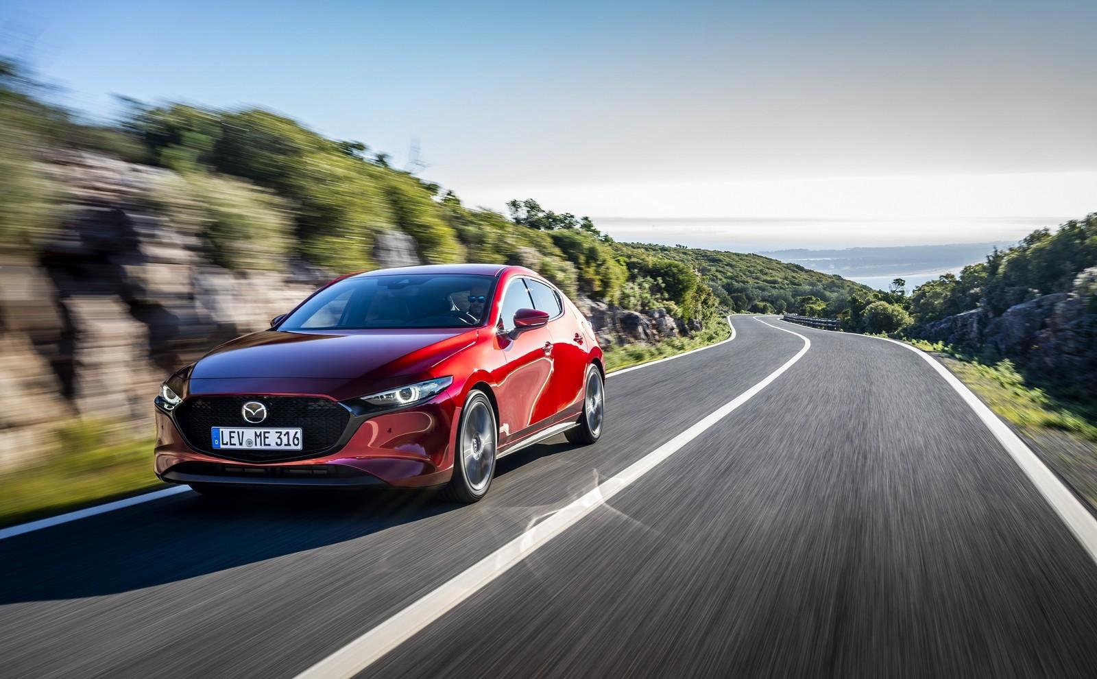 Foto de Mazda3 2019 (60/128)