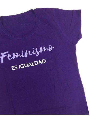 Camiseta Entallada Feminismo Es Igualdad