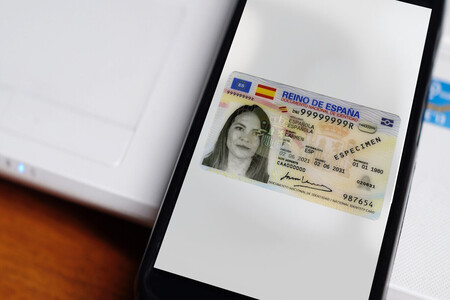 La huella dactilar ya no es suficiente: la Policía Nacional incorporará datos faciales al DNI electrónico mediante un nuevo sistema biométrico