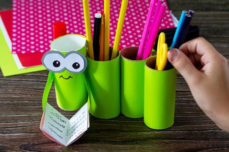 Vuelta al cole: 31 manualidades bonitas y fáciles para hacer con los niños