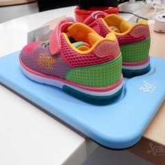 Foto 3 de 4 de la galería mediatek-361-smart-kid-shoe en Xataka