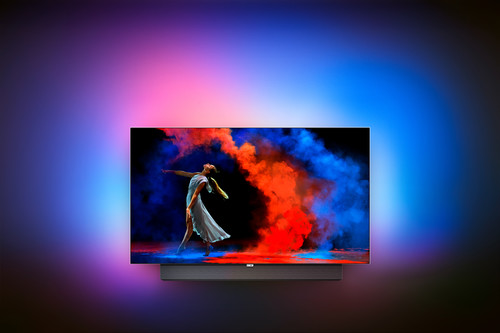 OLED y potencia con un toque de Ambilight: así quiere Philips competir contra las teles de Samsung y LG