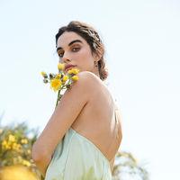 Primark soluciona nuestros looks de invitada low cost con vestidos en tonos pastel
