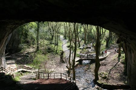Cueva De Las Brujas