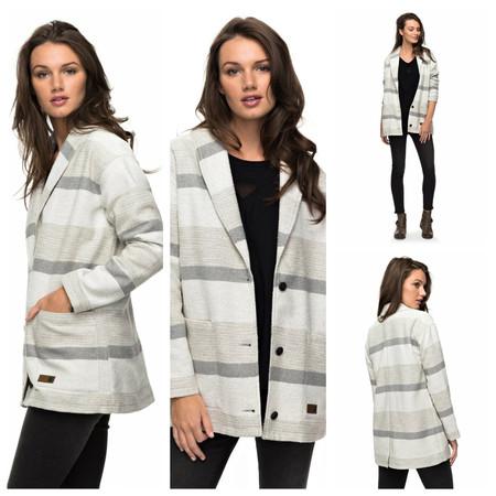 En eBay tenemos esta chaqueta de punto Roxy para chica por 69 euros y envío gratis