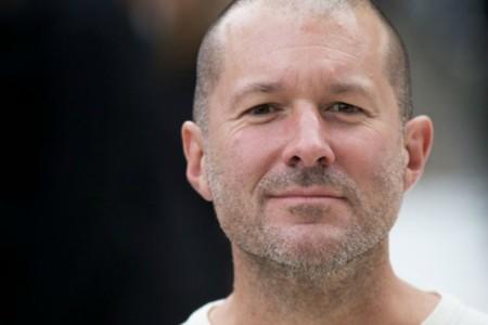 Apple retira a Jonathan Ive de la página de directivos en Apple, ¿más cambios a la vista? [Actualizado]