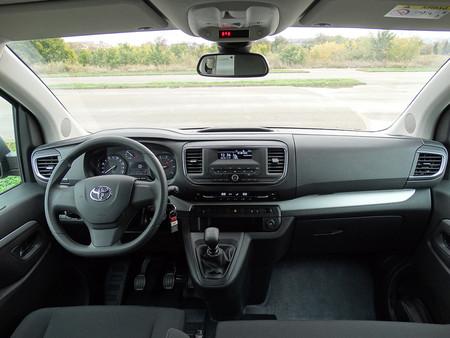 Prueba Toyota Proace Verso Interiores
