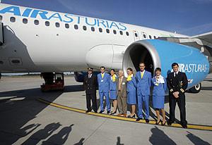 Air Asturias empieza a volar