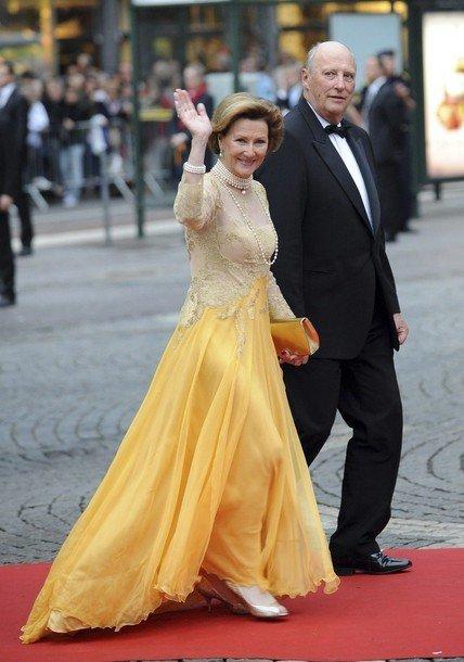 Boda de la Princesa Victoria de Suecia: Reina Noruega