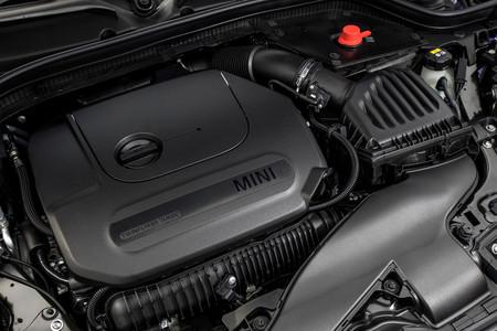 MINI Cooper S Cabrio 2019 motor