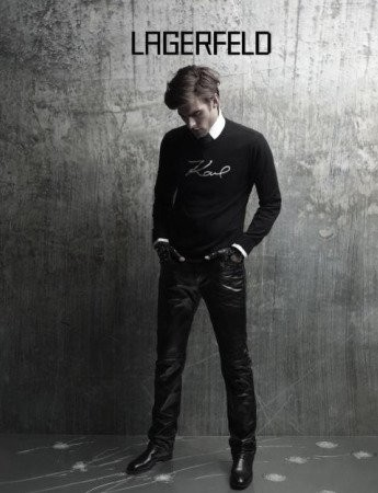 Jon Kortajarena posa para Karl Lagerfeld en su campaña Otoño-Invierno 2010/2011
