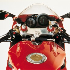 Foto 56 de 73 de la galería ducati-panigale-v4-25deg-anniversario-916 en Motorpasion Moto