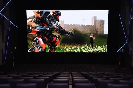 Samsung presenta una pantalla LED gigante para salas de cine