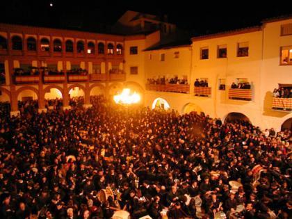 """""""Romper la hora"""" en Híjar (Teruel)"""