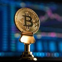 """Bitcoin supera los 66.000 dólares: máximo histórico impulsado por el primer """"fondo cripto"""" que cotiza con la bendición de los EE.UU."""