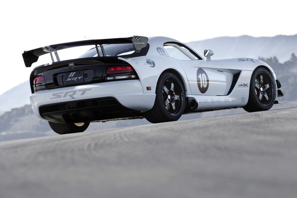 Foto de 2010 Dodge Viper SRT10 ACR-X (6/9)