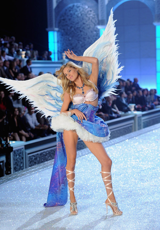 El desfile Victoria's Secret Fashion 2011: todas las imágenes