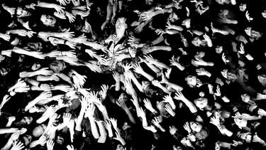 Los rockeros ya no huelen a whisky, Julian Casablancas (The Strokes) nueva imagen del perfume Decibel de Azzaro