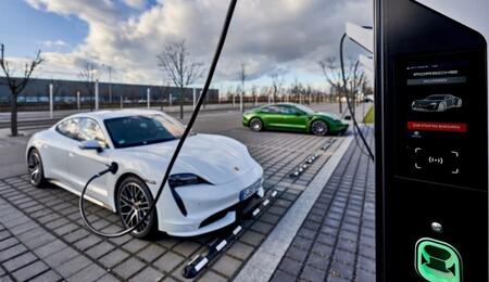 Porsche Taycan Recarga Coche Electrico