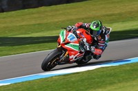 Superbikes Europa 2013: Sam Lowes sigue con su racha y vence en Supersport