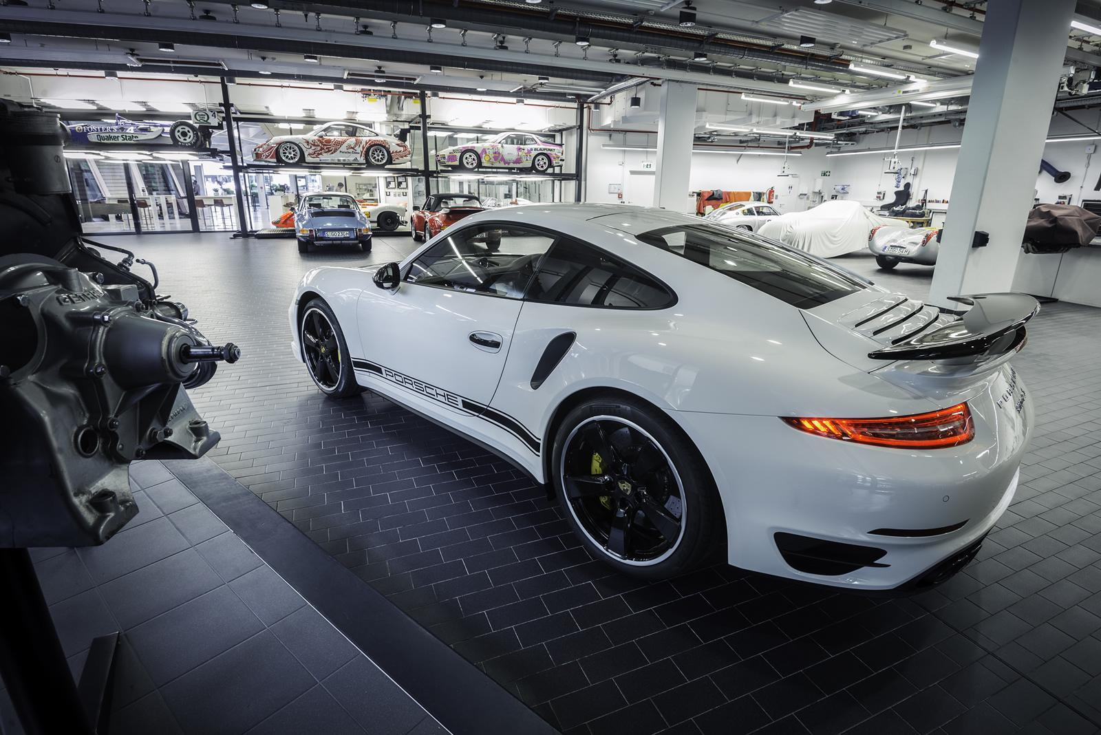 Foto de Porsche 911 Turbo S GB Edition (1/5)