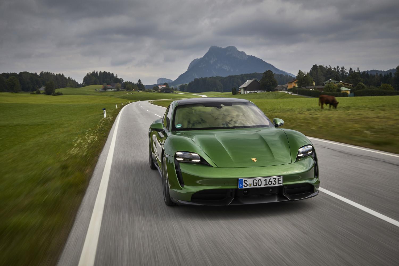 Foto de Porsche Taycan prueba contacto (202/275)