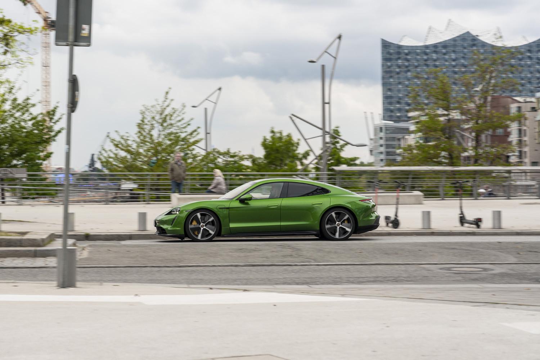 Foto de Porsche Taycan prueba contacto (217/275)