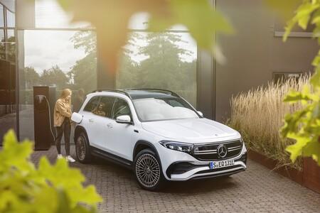 Mercedes Benz Eqb 2021 040