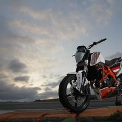 Foto 25 de 31 de la galería ktm-690-duke-track-limitada-a-200-unidades-definitivamente-quiero-una en Motorpasion Moto