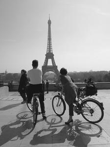 Paris en bici y en español