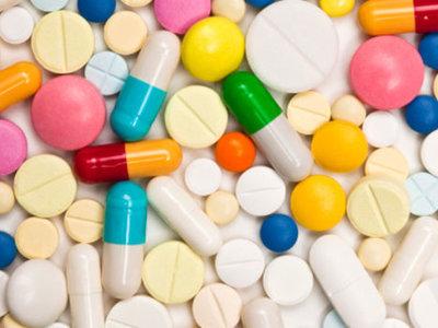 Alerta farmacias: Competencia abre la puerta a comprar medicinas por Internet